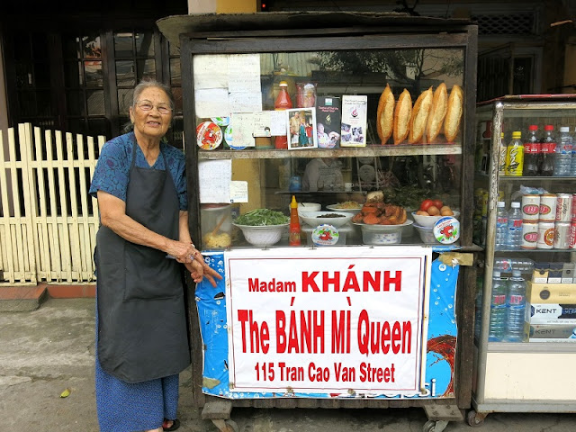 The famous Vietnamese bakeries are praised by Foreign Press 2