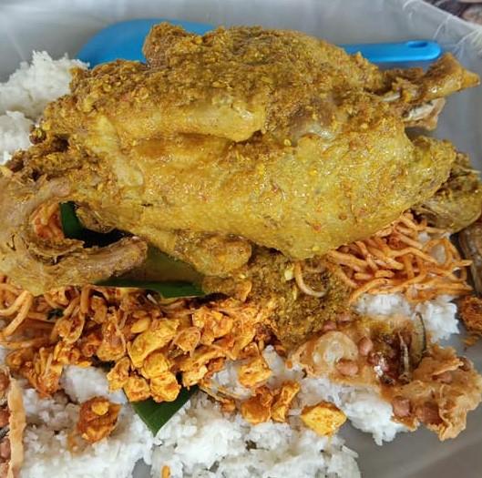 Buntil Tempe Besengek Dan Ayam Engkong Memikat Hati Malaysia Aktif