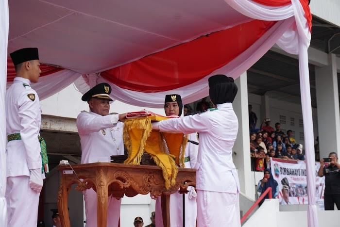 Plt Bupati Nanang Ermanto Jadi Pembina Upacara Detik-detik Proklamasi Kemerdekan RI, Di Lamsel.