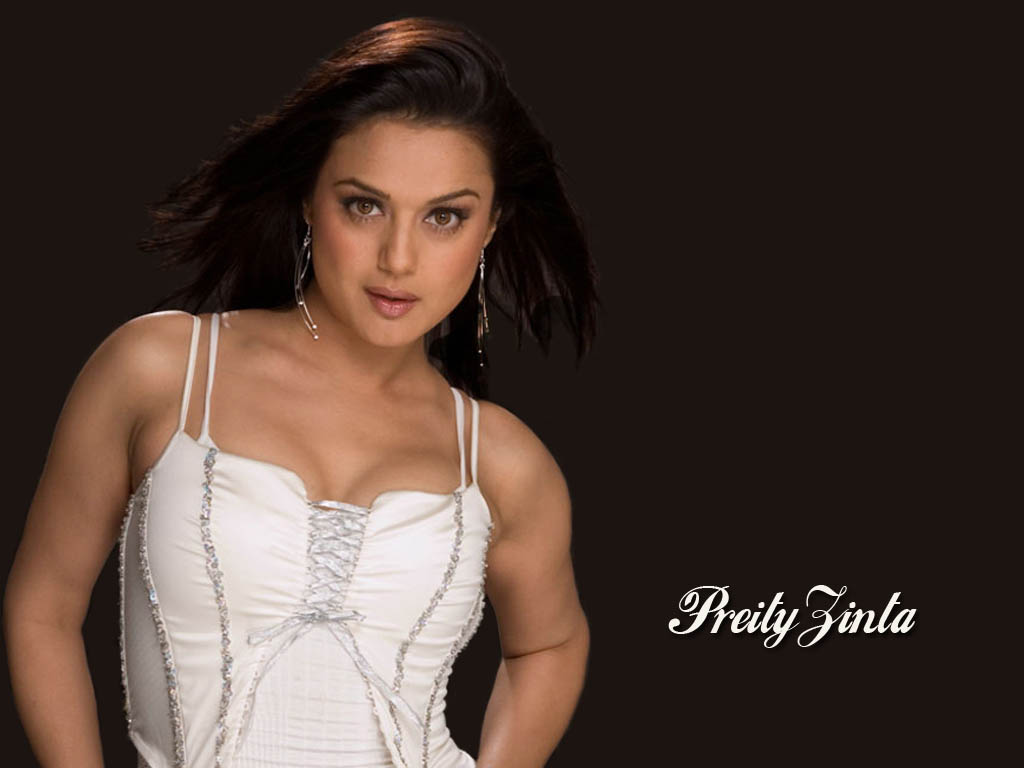 Hot Or Nude Pictures Of Preity Zinta 44