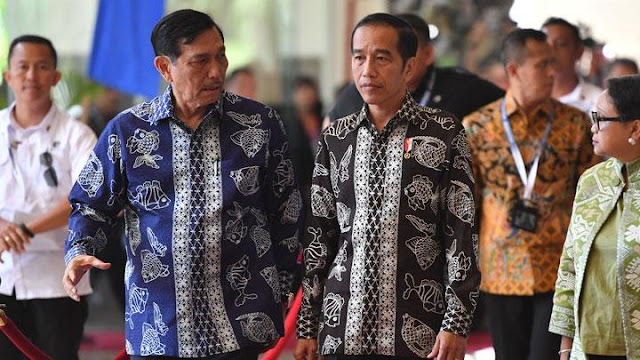 Kedongkolan Rakyat akan Berubah Jadi Simpati Jika Jokowi Berani Pecat Luhut