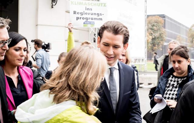 النمسا,عزل,7 ,وزراء,في,الحكومة,الجديدة