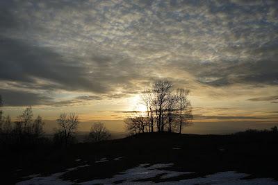 U podnórza Gór Kaczawskich w okolicach Komarna