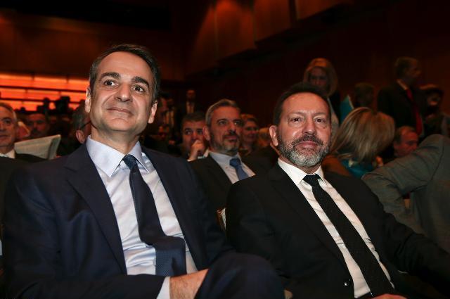 Μητσοτάκης και Στουρνάρας ετοιμάζονται να ακυρώσουν όλα τα θετικά μέτρα