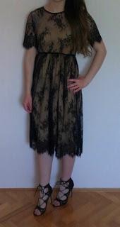 www.shein.com/Black-Short-Sleeve-Lace-Beach-Dress-p-211800-cat-1727.html?aff_id=5061