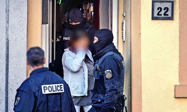 Sousse 10 jeunes hommes et deux filles arrêtés pour prostitution et de drogue
