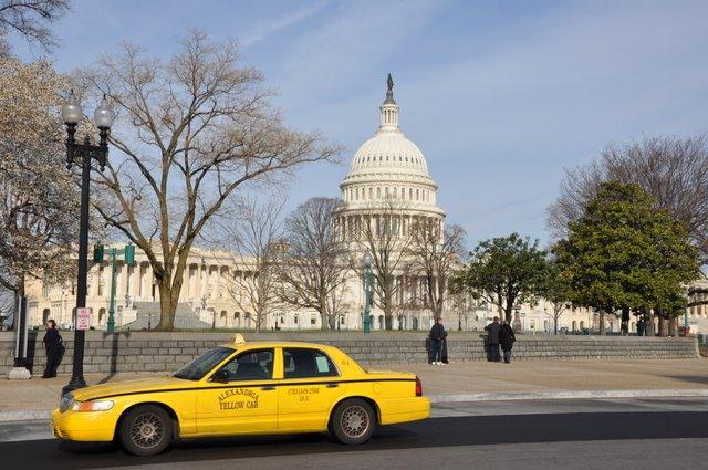 Quanto custa uma passagem aérea para Washington
