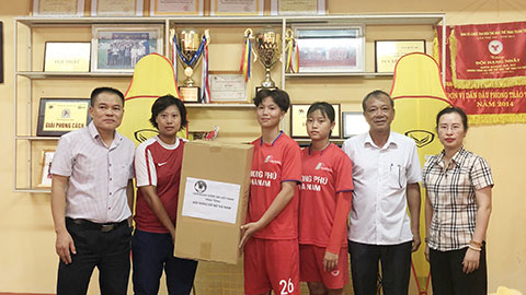 Bóng đá Việt Nam là điểm sáng vượt qua COVID