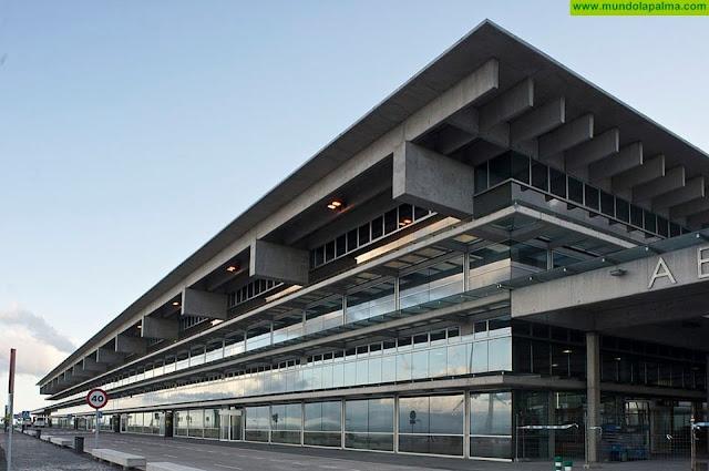 La Consejería de Obras Públicas, Transportes y Vivienda y AENA planifican la organización de los aeropuertos canarios para afrontar el incremento de vuelos con la desescalada