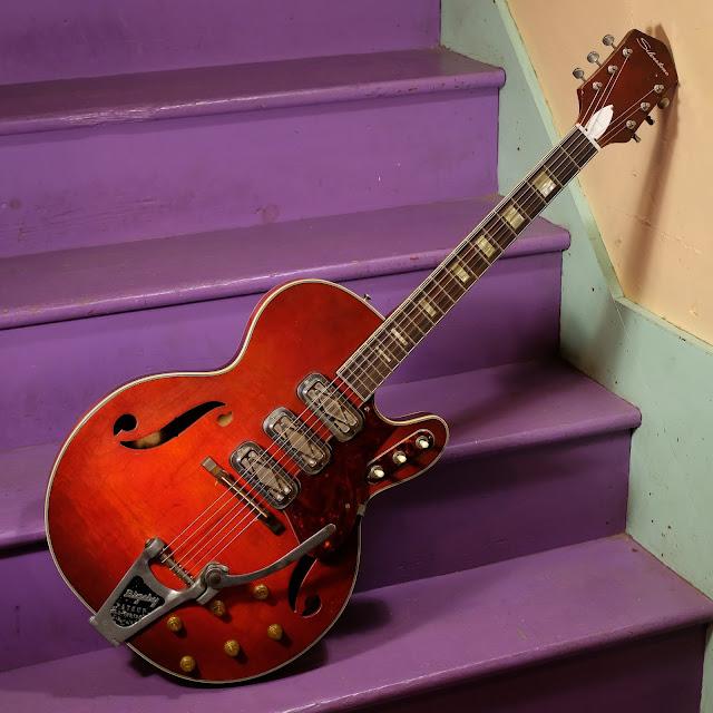 1966 harmony made silvertone 1454 hollowbody electric guitar. Black Bedroom Furniture Sets. Home Design Ideas