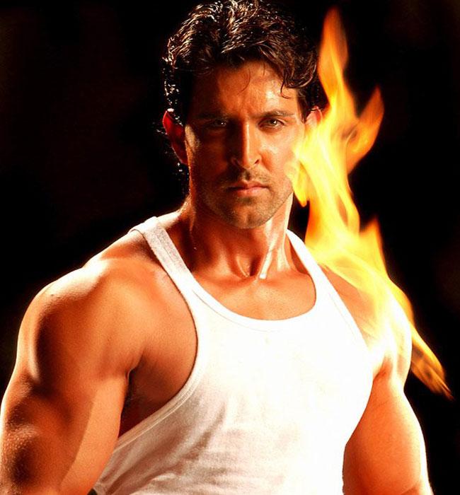 Hrithik Roshan Bollywood Actor Cool Wallpaper-SantaBanta