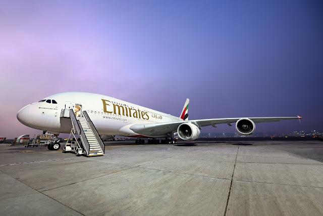 Emirates cumpre sua promessa de reembolsar todos clientes e recebe mais um Airbus A380   É MAIS QUE VOAR