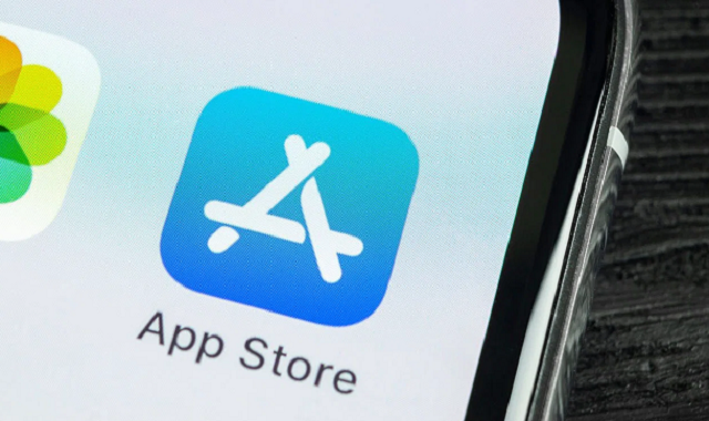 Apple mistakenly features scam apps in its App Store
