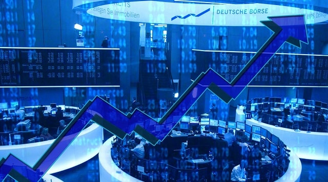 future algo stock trading quant trader investing