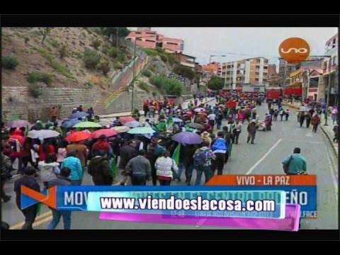 21F: FUNCIONARIOS PÚBLICOS AFINES AL PARTIDO DE GOBIERNO MARCHARON EL DÍA DE HOY