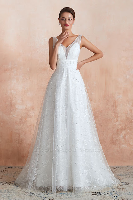 Fantastic White Appliques V Neck Wedding Dress With Pearls