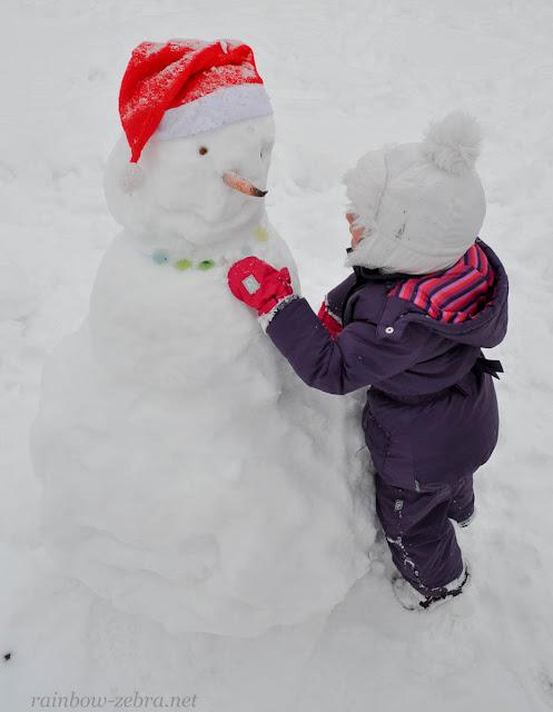 Снеговик с ледяным ожерельем