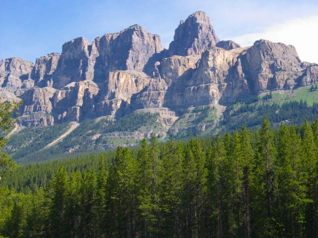 banff national park geology trip travel roadtrip geologist glacier lake mountains rocks ©rocdoctravel.com hiking Canada
