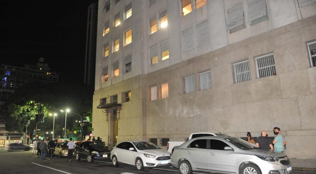 Vacunatorio VIP: la Justicia secuestró las cámaras y los registros de quiénes ingresaron al Ministerio de Salud