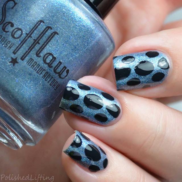 circle nail vinyl nail art