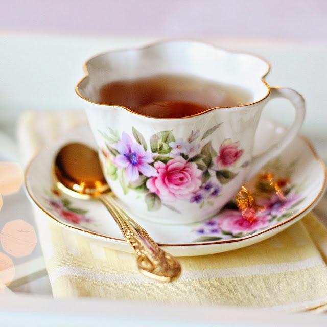 vintage cottage teacup
