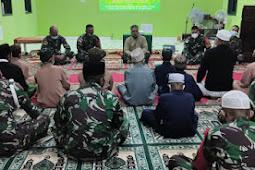 Satgas Pamtas Yonif 742 Gelar Peringatan Isra' Mi'raj Bersama Anak Panti Asuhan di Umanen