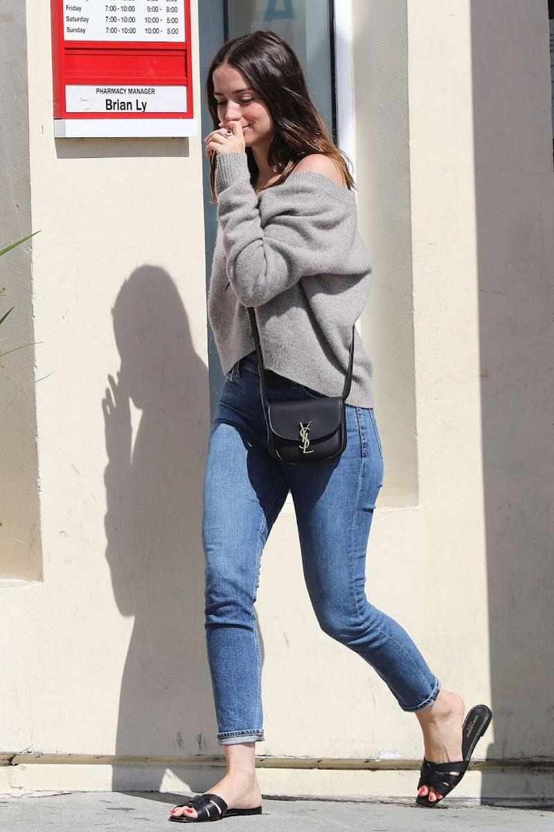 Ana de Armas Clicked Outside in Santa Monica 26 Apr-2020