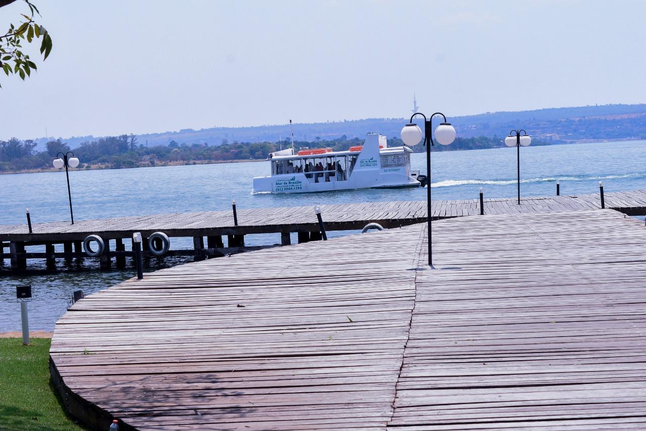 Um passeio no Mar de Brasília no final de semana