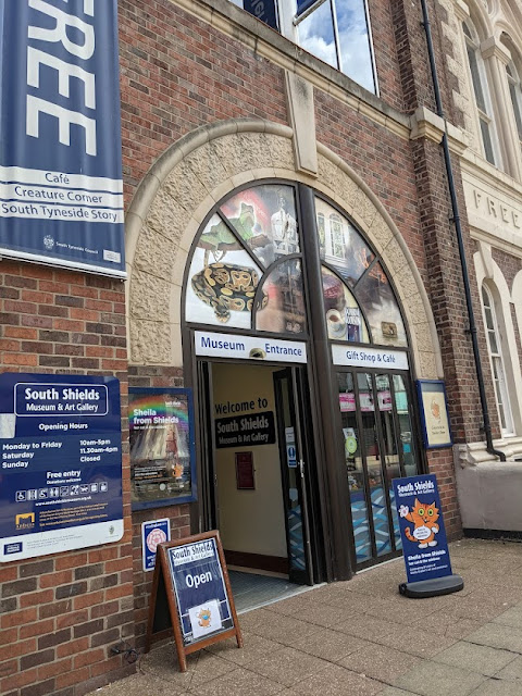 South Shields Museum & Art Gallery | A Visitor's Guide - entrance