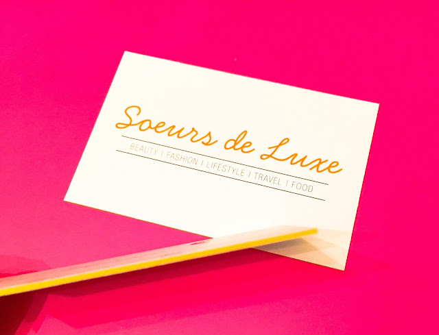 Aura Print Coloured Core Business Cards Soeurs de Luxe What to put on your Blog Business Cards