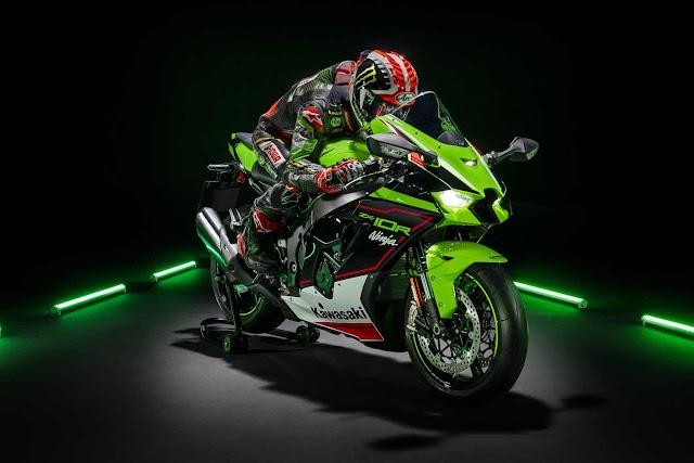 Why the Kawasaki zx10r is a beast?