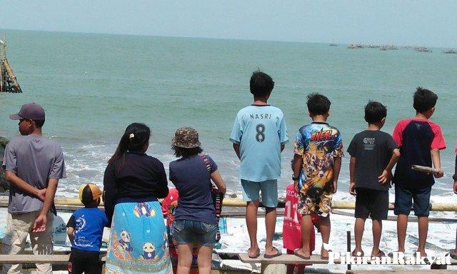 Wahana Water Sports Di Pangandaran Dihentikan Karena Kemunculan Seekor Buaya Di Pantai Timur