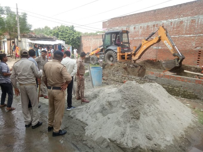फिर हुआ खबर का बड़ा असर करोड़ों रुपए की सीलिंग की जमीन पर हो रहे अवैध निर्माण पर प्रशासन ने की बड़ी कार्यवाही