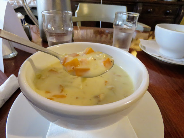 What to eat in West Cork Ireland: Creamy seafood chowder at Emmet's Hotel in Clonakilty