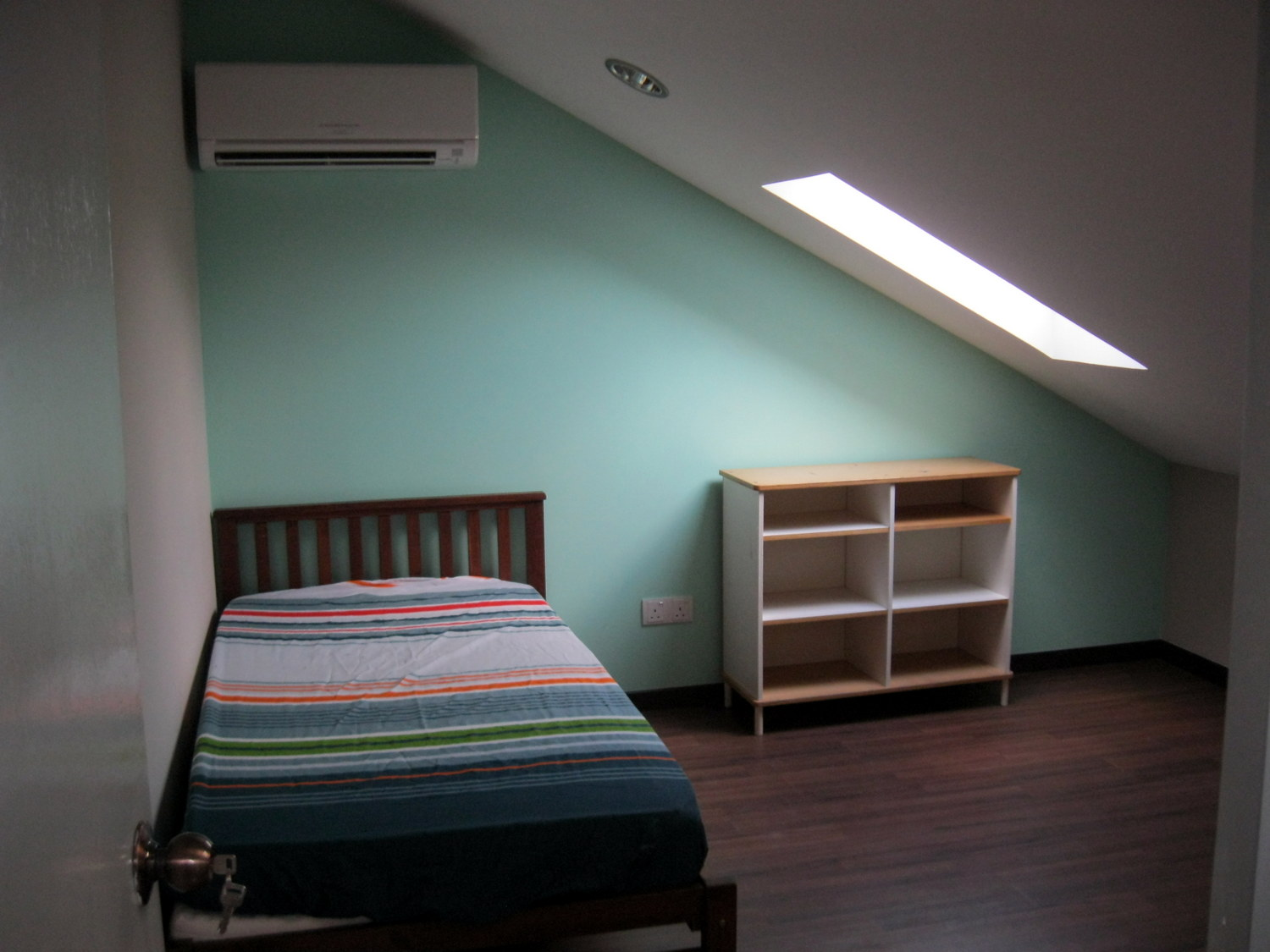 Attic Room With M Saver Staircase Ara Damansara