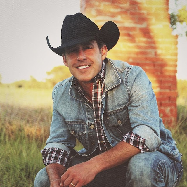 Coming up: Aaron Watson performing two shows at the Nutty Brown Amphitheatre in Austin, Texas on October 24, 2020