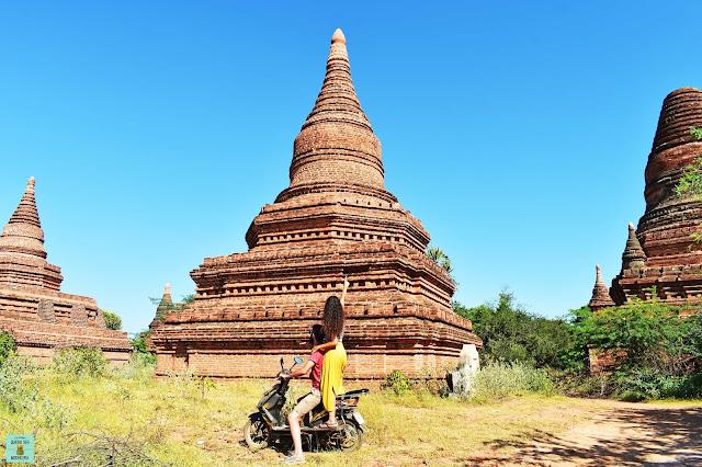 e-Bike en Bagan, Myanmar