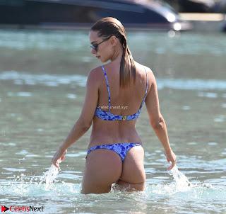 Kimberley+Garner+looks+stunning+in+Bikini+amazing+ass+lovely+booty+wow+June+2018+%7E+CelebsNext.xyz+Exclusive+Celebrity+Pics+007.jpg