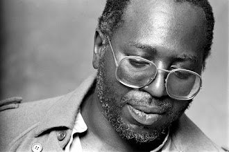 Music : Curtis Mayfield - Move on up