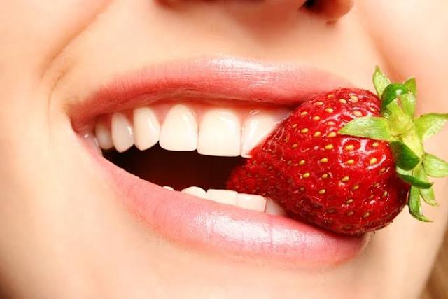 Inilah 6 Makanan Sehat Bagi Kesehatan Gigi dan Gusi   Roliyan.com