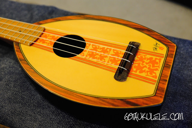 Magic Fluke Surf Flea Ukulele
