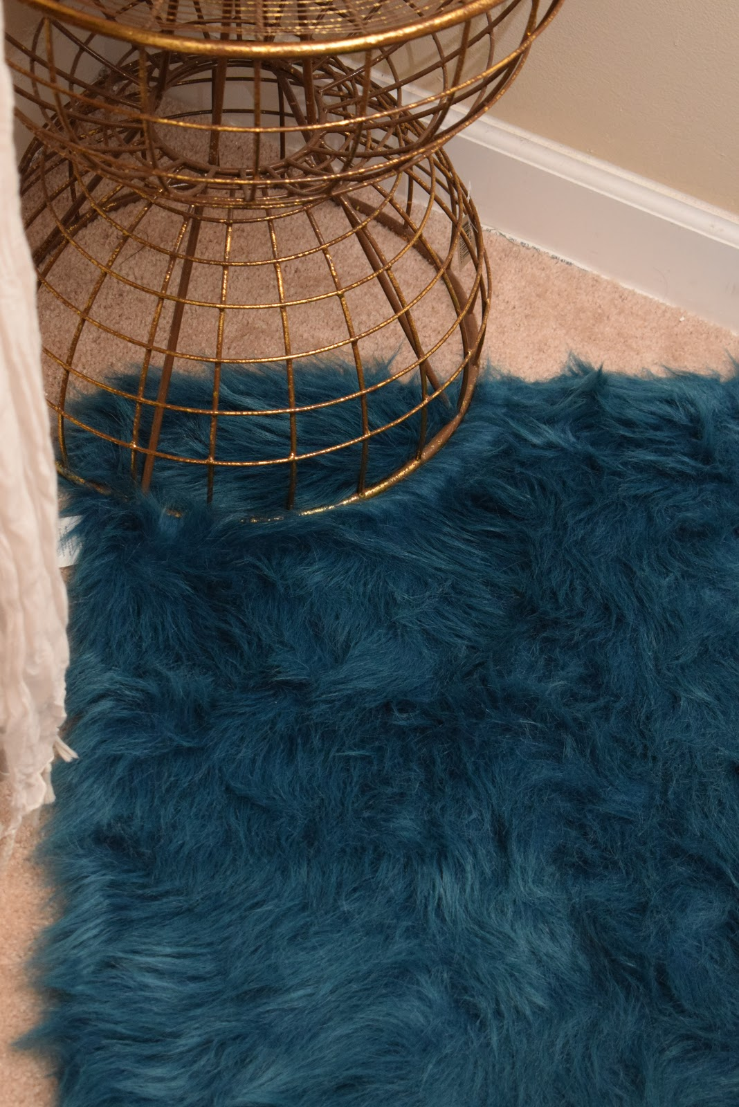 JoFer Interiors, How to Organize a Small adding Area Rugs