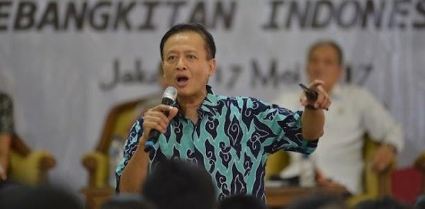 Kerap Kontroversi, Menkominfo Tetap Tunjuk Henry Subiakto Jadi Ketua Subtim Kajian UU ITE