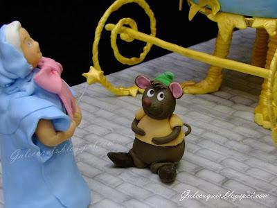 Ratón de Cenicienta en fondant