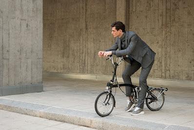Roberto Verino, streetphotography, casualwear, madeinspain, fashionphotography, gentleman,