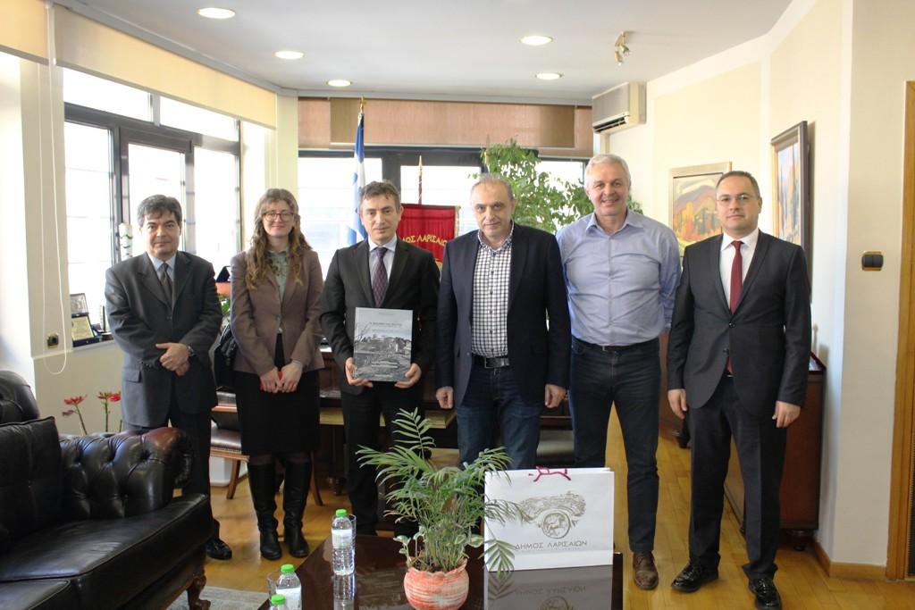Στο Δημαρχείο της Λάρισας ο Πρόξενος της Τουρκίας στην Θεσσαλονίκη