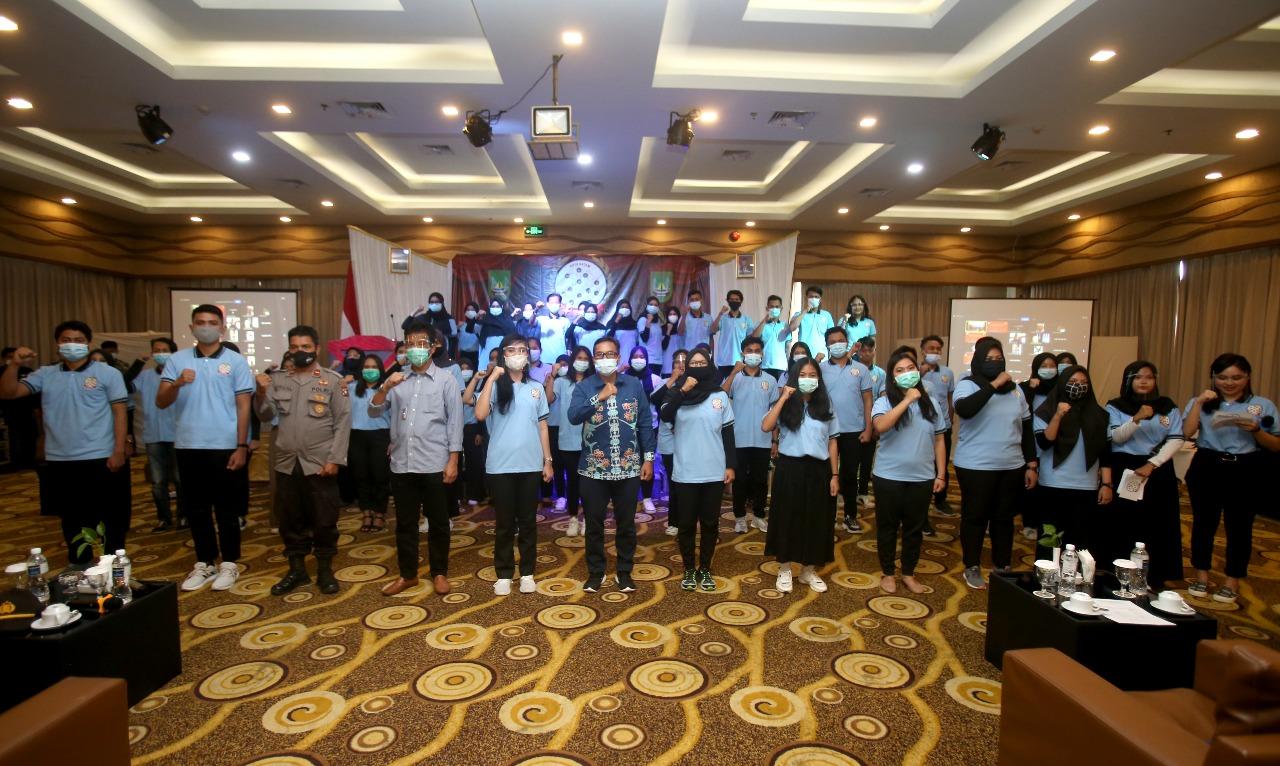 Walikota Batam Melantik Forum Informasi Remaja Kota Batam