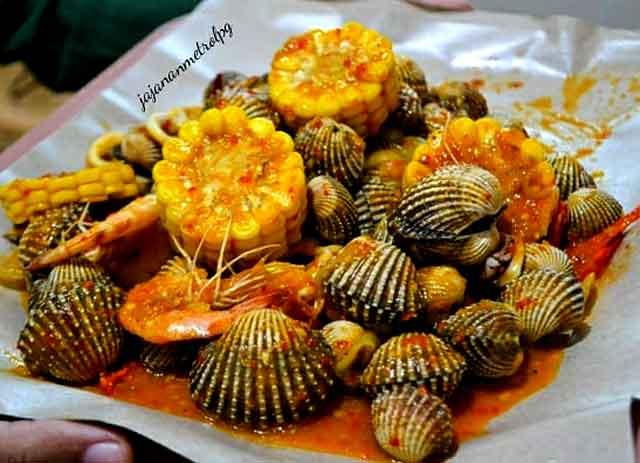 tempat makan seafood di kota metro lampung