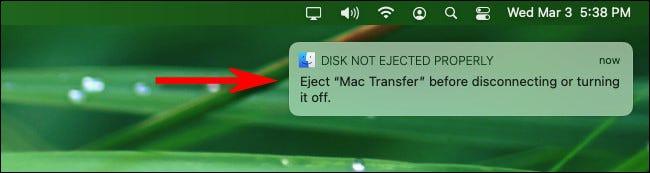 """رسالة التحذير """"لم يتم إخراج القرص بشكل صحيح"""" على macOS Big Sur."""