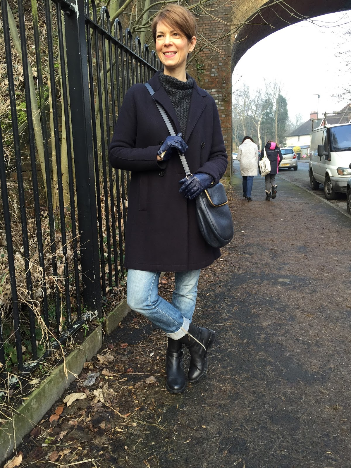 A Quick OOTD – The Jigsaw Coat in Action